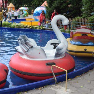 Аттракцион лодки
